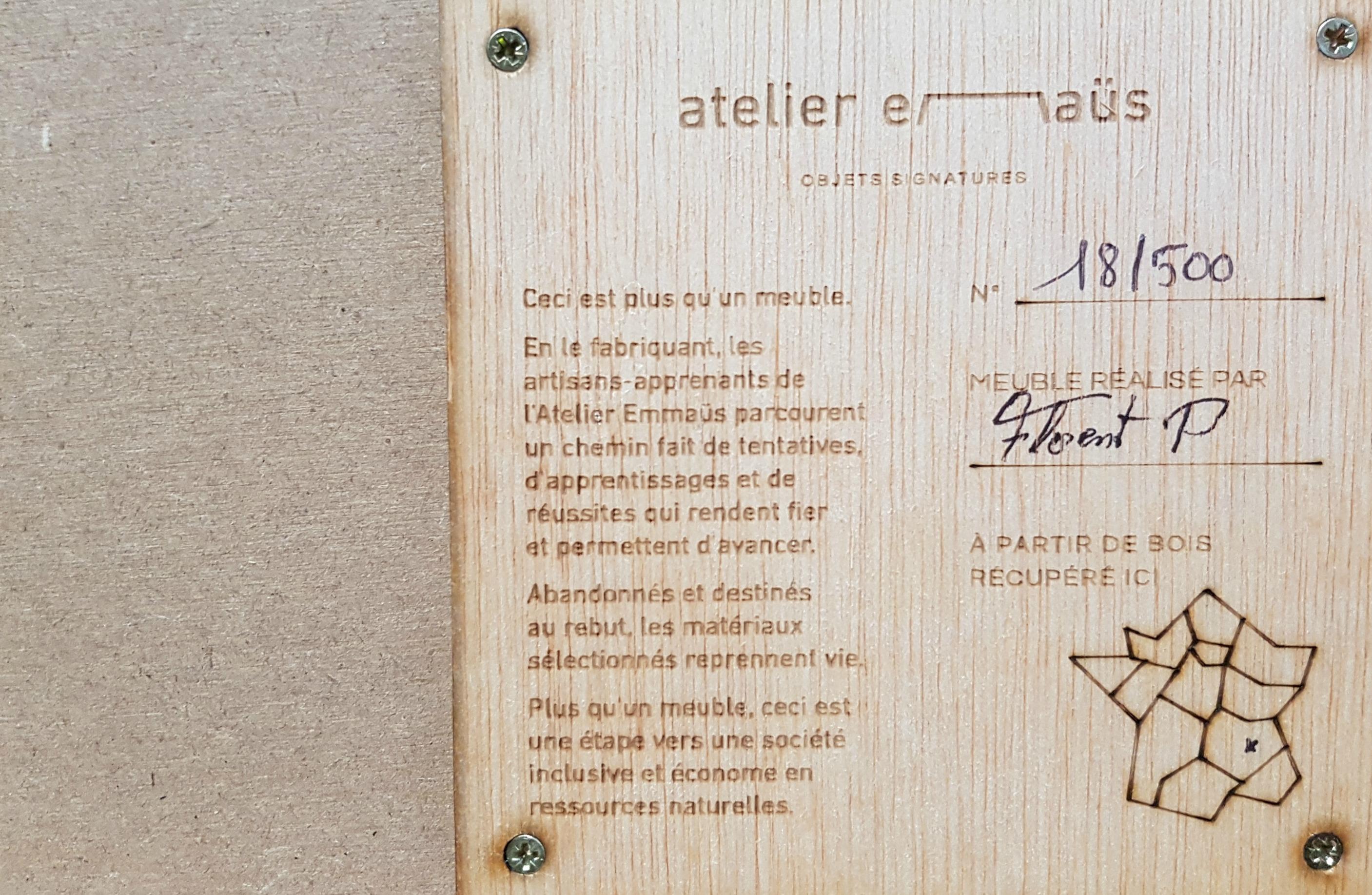 Objet signature par L'Atelier Emmaüs présenté lors de La Matinale Réemploi de VALDELIA